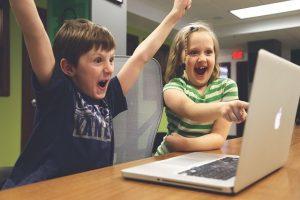 איך לבחור קורס בניית אתרים לילדים?